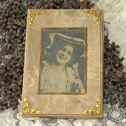 vintage snoepjesdoos met afbeeling dame