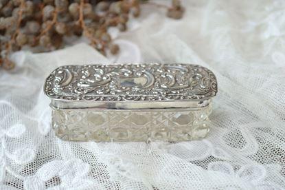 vintage kristallen haarspeldenbakje met zilveren deksel